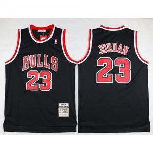Maglie Basket Retro Jordan 97-98 Chicago Bulls Bianco