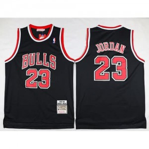 Maglie Basket Retro Jordan 97-98 Chicago Bulls Bianco